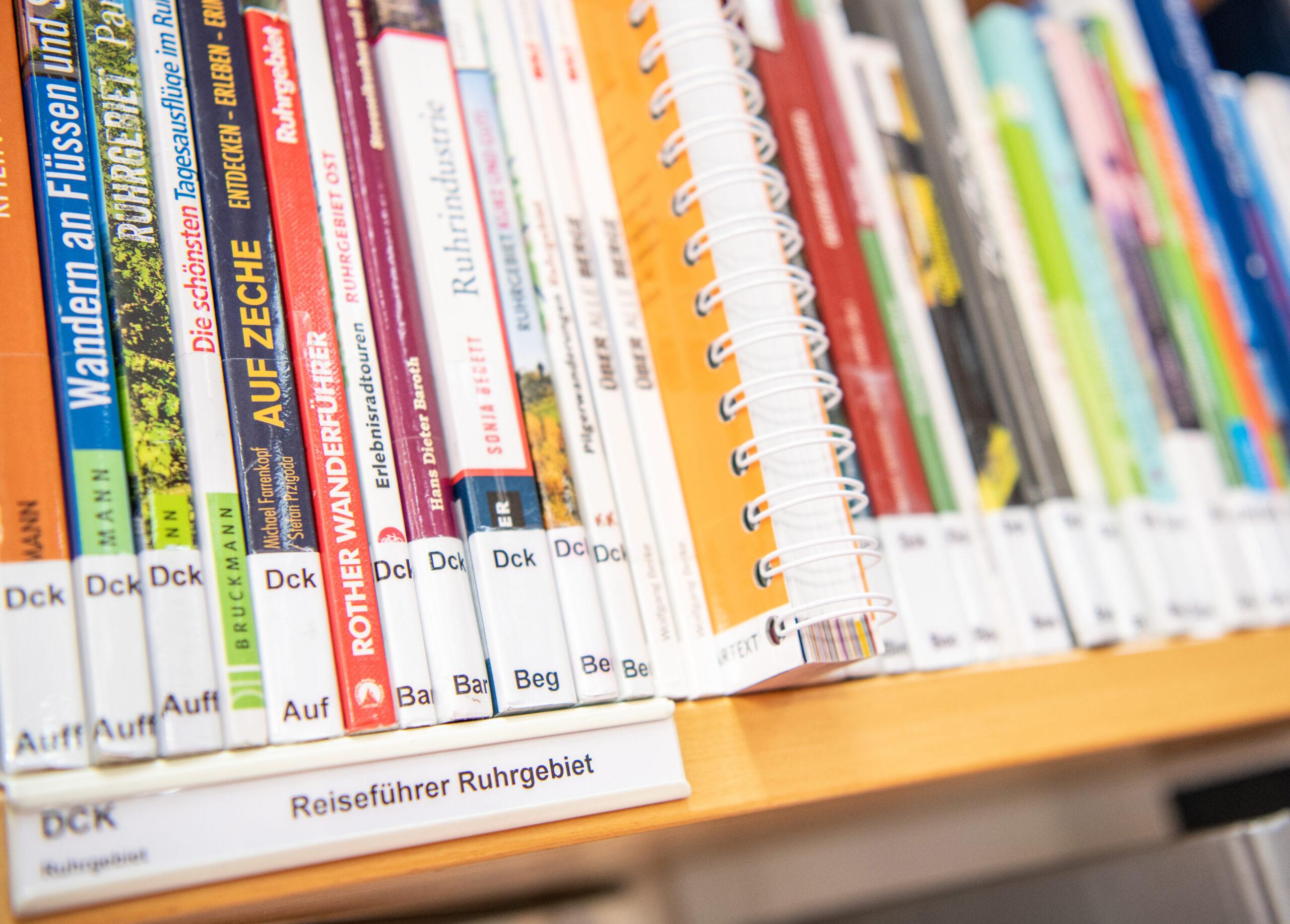 Medien in der Zentralbibliothek am 20.12.2019. in Gelsenkirchen. Foto: Stadt Gelsenkirchen/ Caroline Seidel
